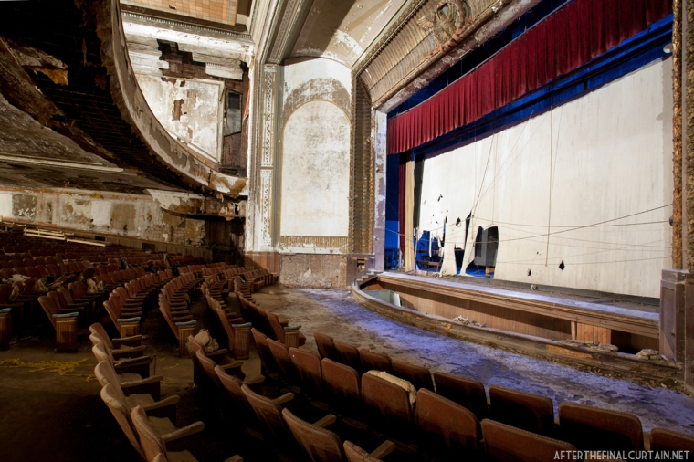 main floor, Victory Theatre in Holyoke, Ma