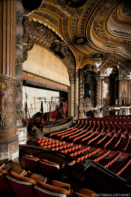 Balcony - Loew's Kings Theater
