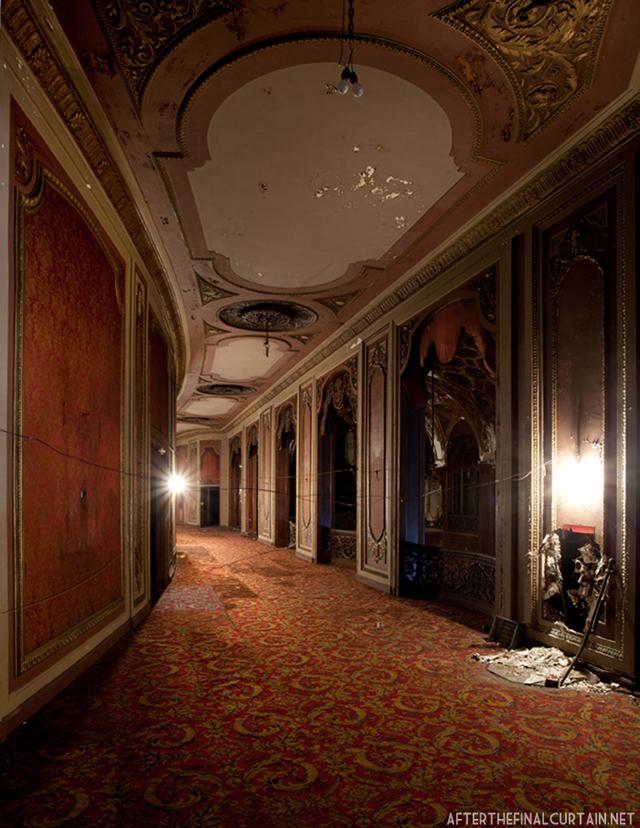 Mezzanine - Loew's Kings Theater