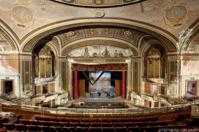 Loews_Palace_Theatre_04