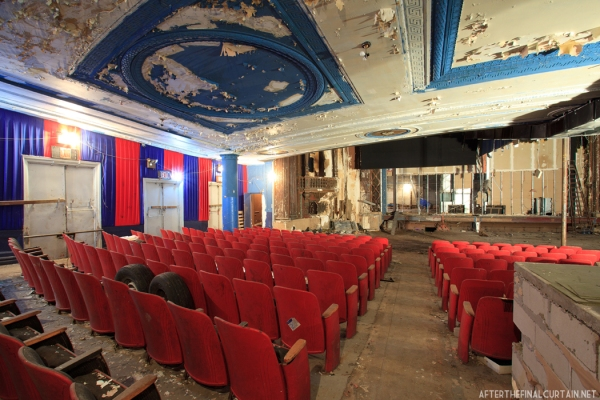 Main level - Ridgewood Theatre Queens, NY