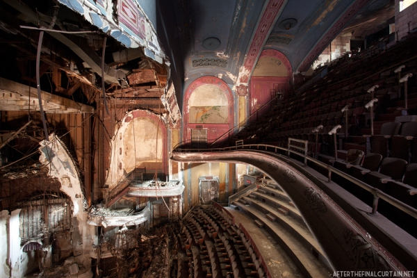 "Balcony, Proctor's Palace Theatre, Newark, New Jersey 12""x18"" - 3"