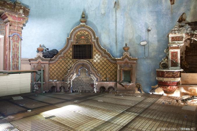 Scaffolding, Paramount theatre