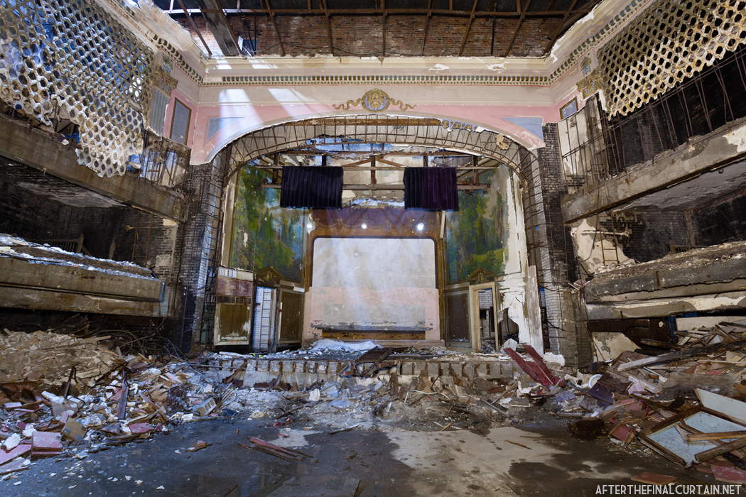 A lot of the original decor survived the theater's transformations over the years.