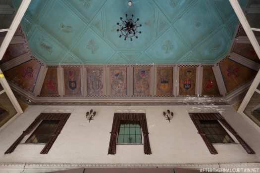The ceiling of the lobby was decorated with various coats of arms.