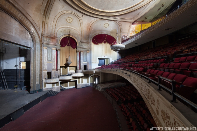 View of the Loew's State auditorium from the box seats.