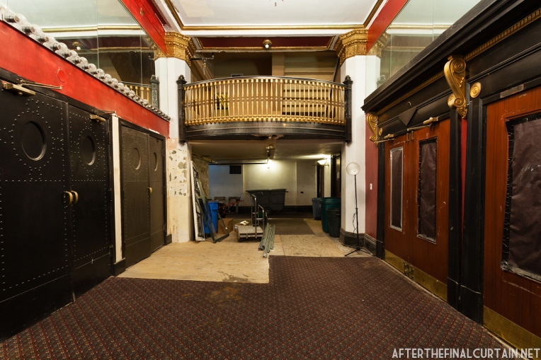 Studebaker_Theatre_05