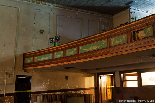Colonial Theatre_015
