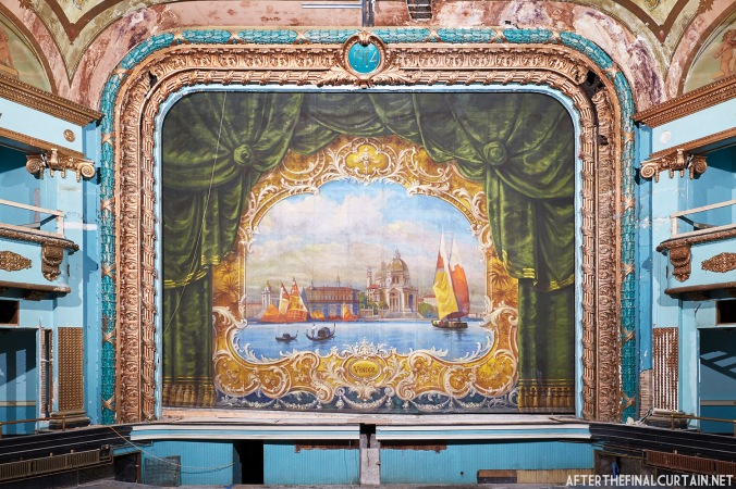 Fire Curtain, Colonial Theatre Laconia, NH
