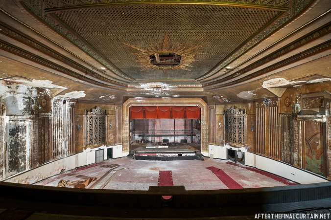 A look at Oil City PA's Drake Theatre from the Balcony